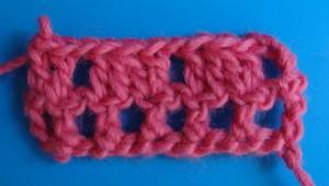 Плотное вязание в филейной сетке