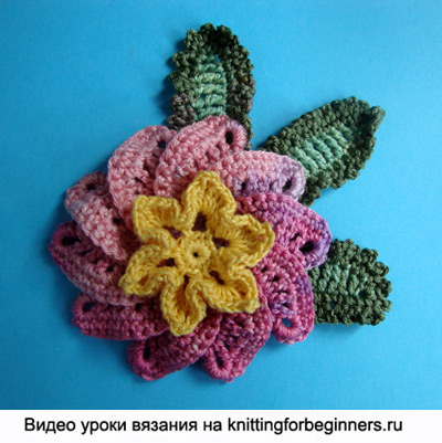 Как делать цветы из бисера
