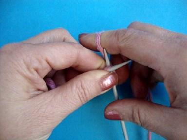 лицевая петля, английский метод вязания на спицах